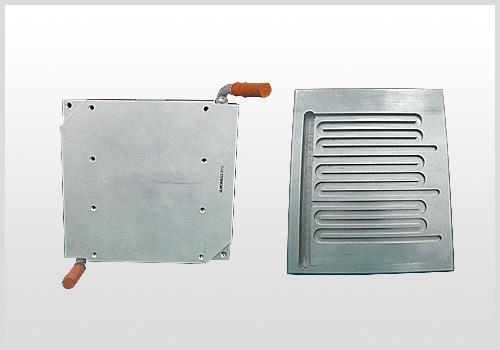 冷板类散热器